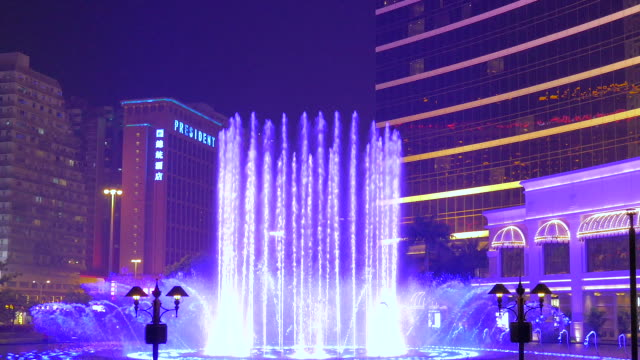 dancing fountain in front of wynn casino macau, macau, china - fountain stock videos and b-roll footage