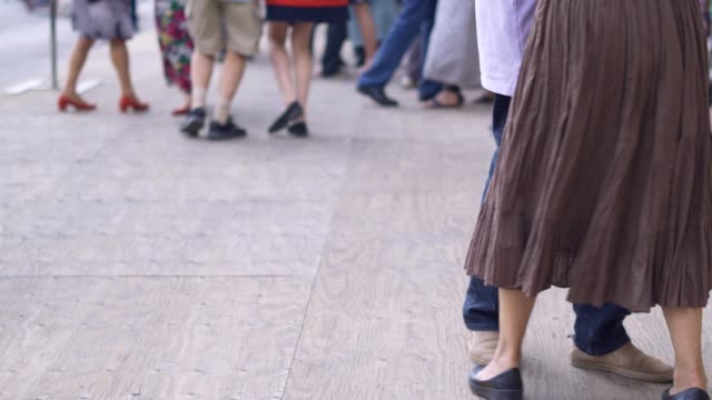 dancing in the streets of paris - tangoing stock videos & royalty-free footage