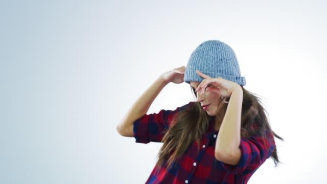 stockvideo's en b-roll-footage met dansen is mijn escape - eenvoud