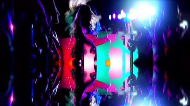 ナイトクラブダンスの夜景 - ディスコダンス点の映像素材/bロール
