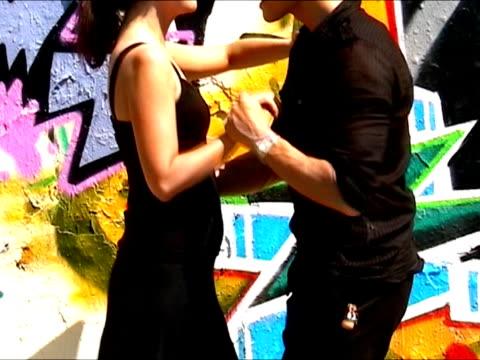tanzen sie salsa - hüfte stock-videos und b-roll-filmmaterial