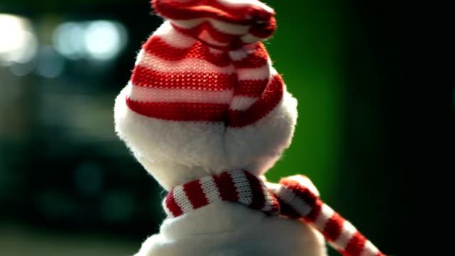 Schneemann Tanzen dreht sich um