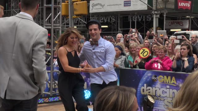 dancing with the stars contestants candace cameron bure mark ballas dancing on the outside set of the good morning america show in celebrity... - spielkandidat stock-videos und b-roll-filmmaterial