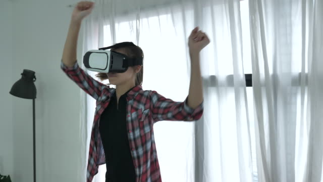 dancing with vr glasses - cyberspace stock videos & royalty-free footage