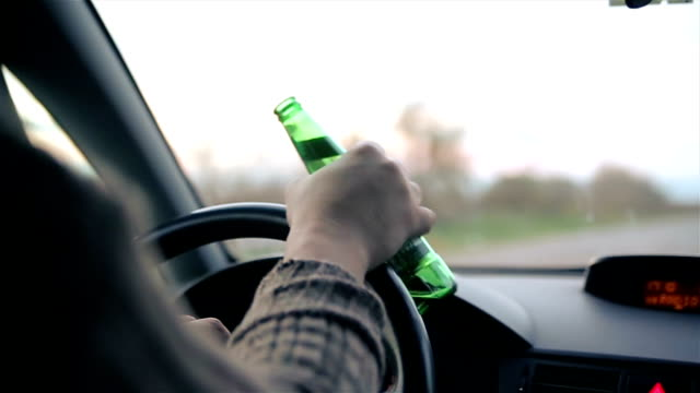 vídeos de stock e filmes b-roll de danger on the road caused by drunken drivers,b roll - perigo