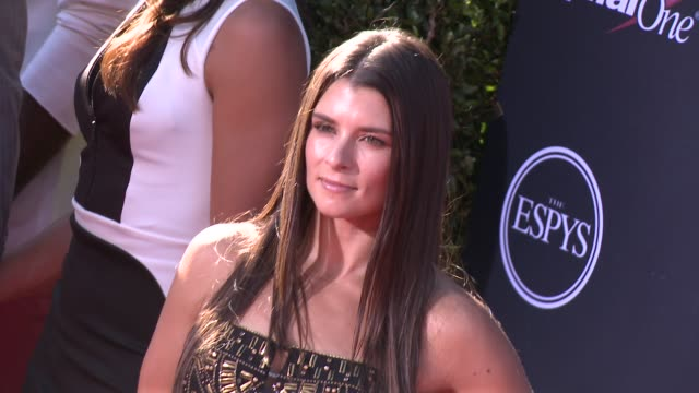vídeos y material grabado en eventos de stock de danica patrick at the 2013 espy awards on 7/17/2013 in los angeles ca - premios espy