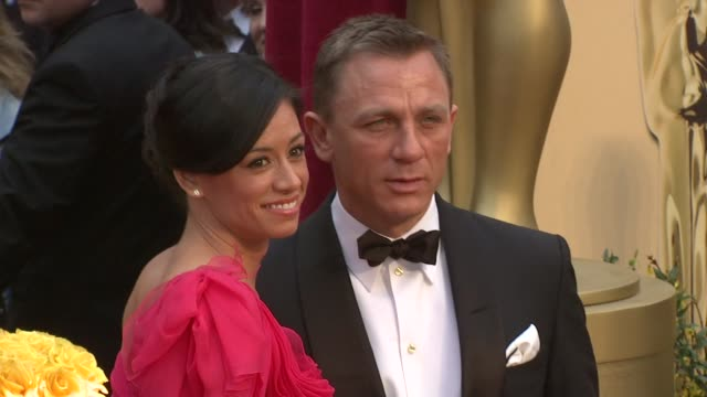 Daniel Craig and guest at the 81st Academy Awards Arrivals Part 7 at Los Angeles CA