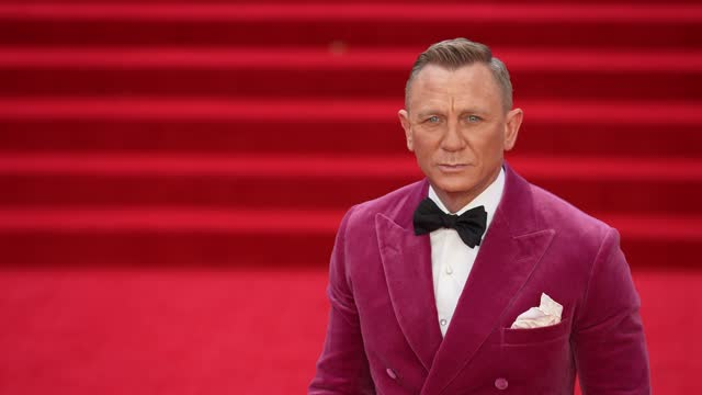 """daniel craig attends the """"no time to die"""" world premiere at royal albert hall on september 28, 2021 in london, england. - premiere stock videos & royalty-free footage"""