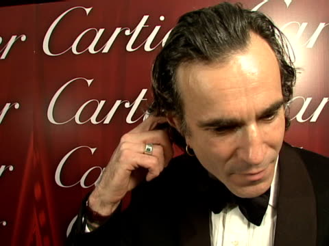 daniel daylewis at the 2008 palm springs international film festival hosts starstudded awards gala presented by cartier red carpet arrivals at palm... - 2008 stock videos & royalty-free footage