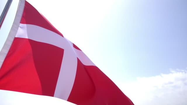vídeos y material grabado en eventos de stock de bandera danesa - danish flag