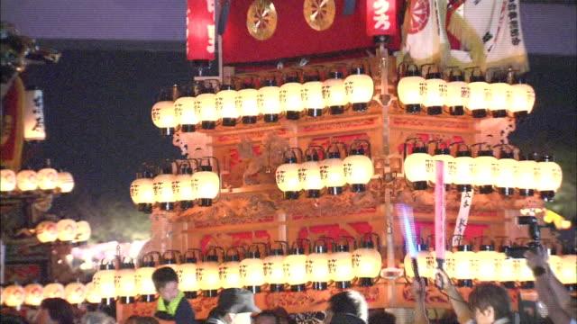 danjiri festival in ehime, japan - フロート車点の映像素材/bロール