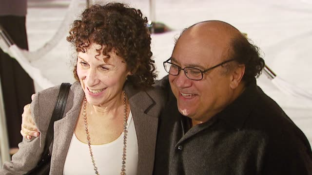 danny devito and rhea perlman at the 20th century fox's 'deck the halls' world premiere at grauman's chinese theatre in hollywood, california on... - 20th century fox stock videos & royalty-free footage