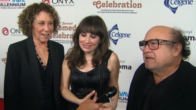 danny devito, lucy devito, rhea perlman on what celebrity autobiography they are performing, on peter boyle, on the importance of the event at the... - autobiography stock videos & royalty-free footage