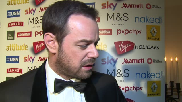 vídeos de stock e filmes b-roll de interview danny dyer on eastenders win at the attitude magazine awards on 13th october 2014 in london england - eastenders
