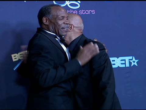 danny glover and harry belafonte at the 2006 bet awards press room at the shrine auditorium in los angeles, california on june 27, 2006. - harry belafonte stock videos & royalty-free footage