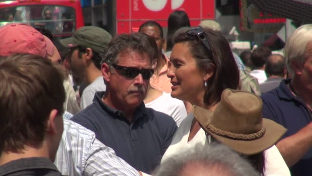 danny pino & mariska hargitay talking to each other while on location in times square in new york, ny, on 8/12/13. - other stock videos & royalty-free footage