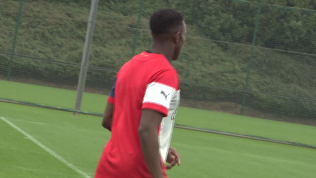 Danny Welbeck was hard at work at London Colney on Thursday Arsenal's new signing joined up with his teammates for a vigorous workout ahead of...
