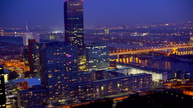 Donau City Wien bei Sonnenuntergang
