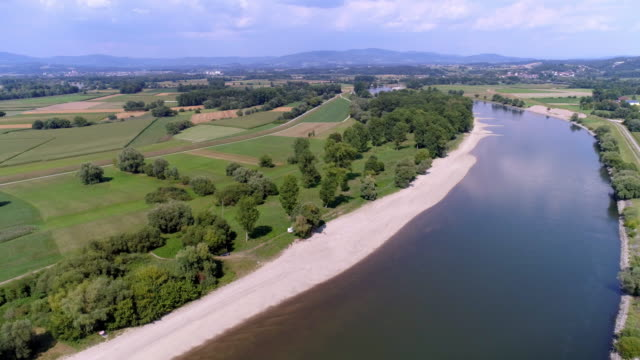 danube river bend near osterhofen in lower bavaria - river danube stock videos & royalty-free footage