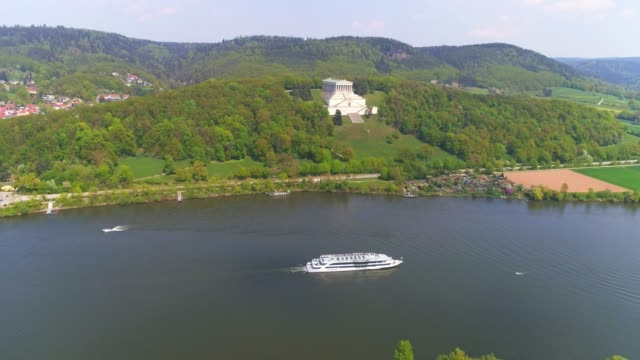danube valley and walhalla memorial in bavaria - river danube video stock e b–roll