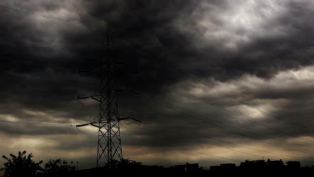 Dark rain bearing cloud