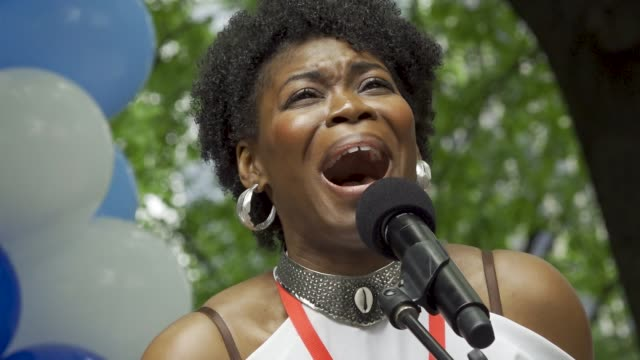 """darlesia cearcy singing """"human heart"""" from the critically-acclaimed """"once on this island"""" at the 2018 aids walk new york in central park. . - human heart stock videos & royalty-free footage"""