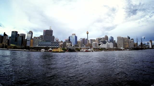 vídeos de stock e filmes b-roll de porto darling hd timelapse. sydney. austrália - iluminado por holofote