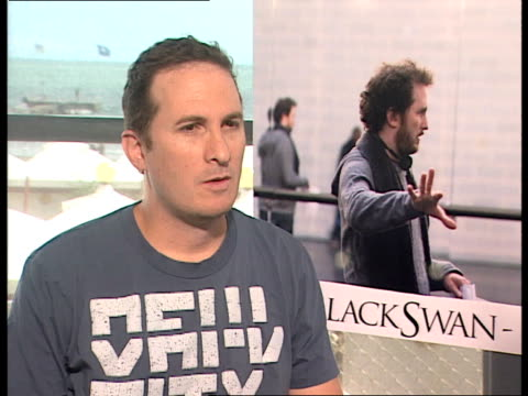 darren aronofsky on the differences between black swan and the wrestler at the black swan interviews 67th venice film festival at venice - darren aronofsky stock videos and b-roll footage