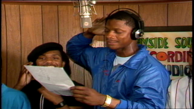 darryl strawberry in a recording studio and rapping into a microphone - recording studio stock videos & royalty-free footage