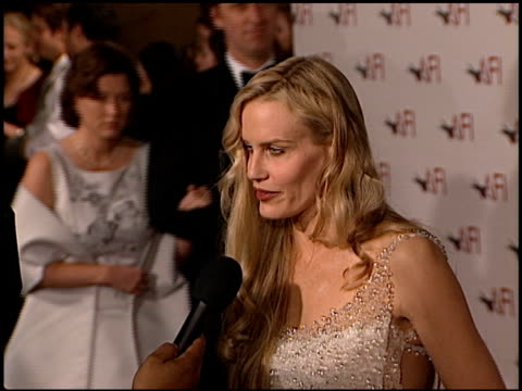 daryl hannah at the afi celebration honoring harrison ford at the beverly hilton in beverly hills california on february 17 2000 - daryl hannah stock videos & royalty-free footage