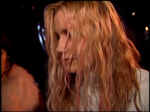 daryl hannah at the bmg grammy awards party at miracle mile wilshire in los angeles, california on february 21, 2001. - 奇跡点の映像素材/bロール