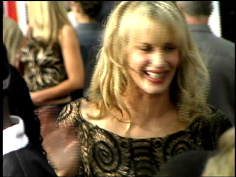 daryl hannah at the 'charlie's angels full throttle' premiere at grauman's chinese theatre in hollywood california on june 18 2003 - daryl hannah stock videos & royalty-free footage