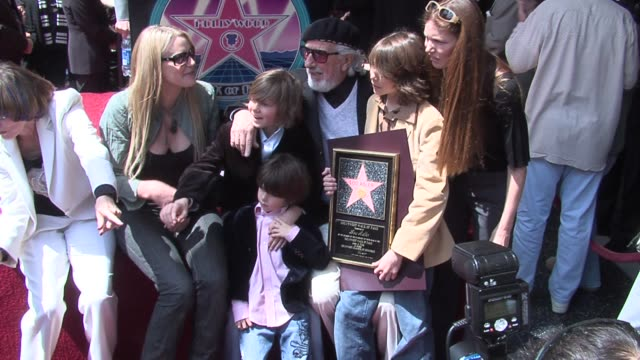 daryl hannah ike adler lou adler manny adler and oscar adler at the lou adler honored with star on the hollywood walk of fame at hollywood boulevard... - daryl hannah stock videos & royalty-free footage