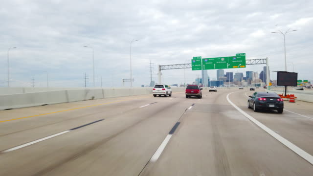 dashboard camera point of view of driving to dallas, texas, usa - motorway stock videos & royalty-free footage