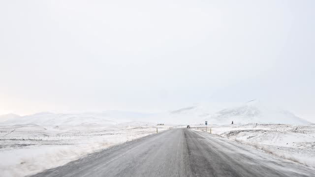 vidéos et rushes de vidéo de la dashcam des routes islande - pare brise