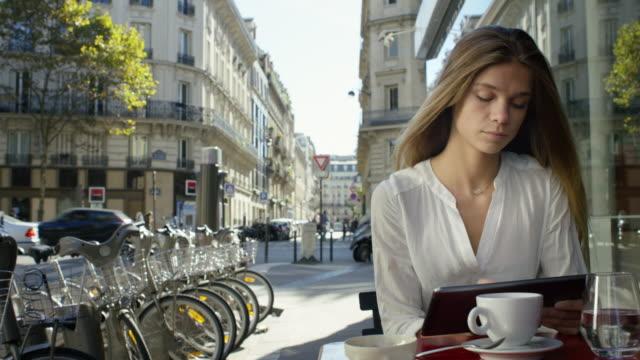 Date à Paris