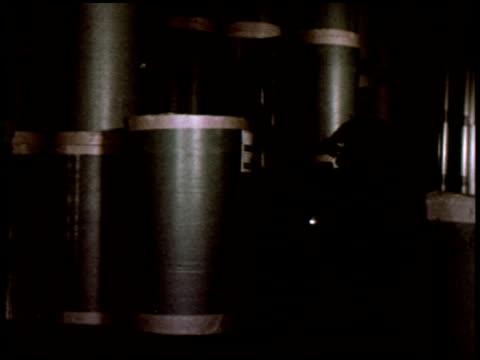 dateline: long island - 18 of 27 - この撮影のクリップをもっと見る 2130点の映像素材/bロール