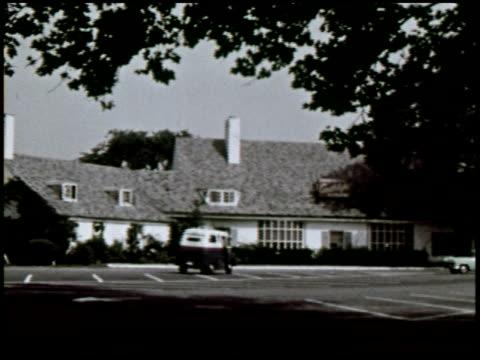 dateline: long island - 27 of 27 - この撮影のクリップをもっと見る 2130点の映像素材/bロール