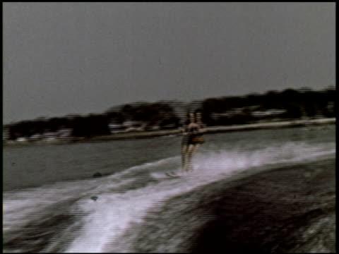 dateline: long island - 5 of 27 - この撮影のクリップをもっと見る 2130点の映像素材/bロール