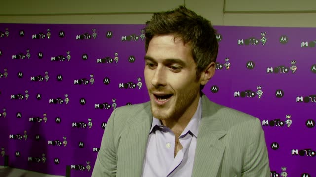 Dave Annable on how he wound up at the party his secret appreciation of Kelly Clarkson and his favorite Hollywood tradition at the 9th Annual...