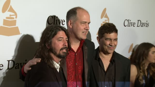 stockvideo's en b-roll-footage met dave grohl krist novoselic and pat smear at the 2016 pregrammy gala and salute to industry icons honoring irving azoff at the beverly hilton hotel on... - irving azoff