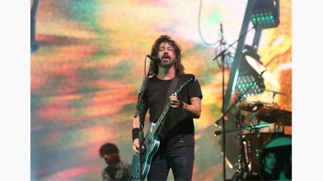 dave grohl of foo fighters performs live on the main stage during day three of reading festival 2019 at richfield avenue on august 25, 2019 in... - rock group stock videos & royalty-free footage