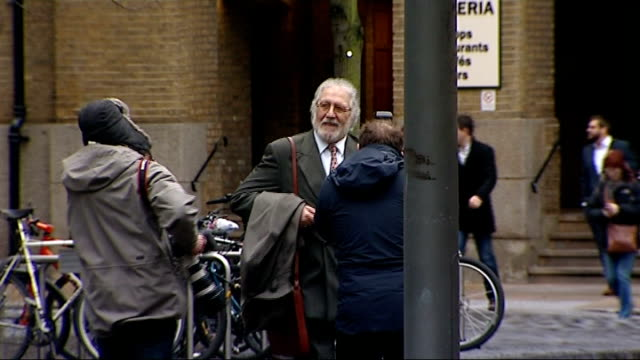 London Southwark Crown Court PHOTOGRAPHY *** Dave Lee Travis arriving at court
