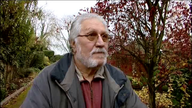dave lee travis questioned by police on sexual assault allegations bedfordshire leighton buzzard ext dave lee travis speaking to press sot if this... - レイトンバザード点の映像素材/bロール