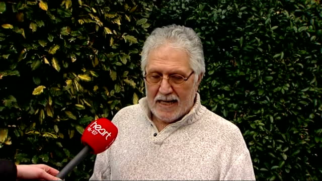 dave lee travis rearrested on suspicion of sexual offenses statement england bedfordshire leighton buzzard ext dave lee travis reading statement to... - レイトンバザード点の映像素材/bロール