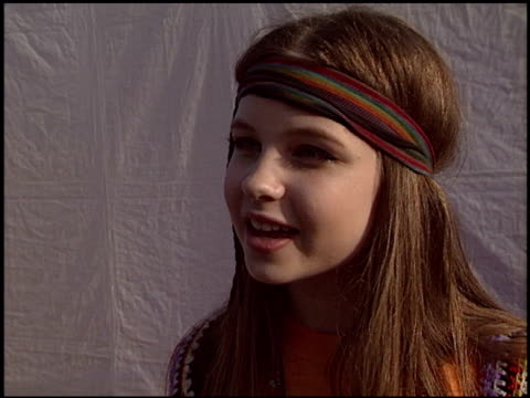daveigh chase at the dream halloween at barker hanger in santa monica, california on october 25, 2003. - バーカーハンガー点の映像素材/bロール