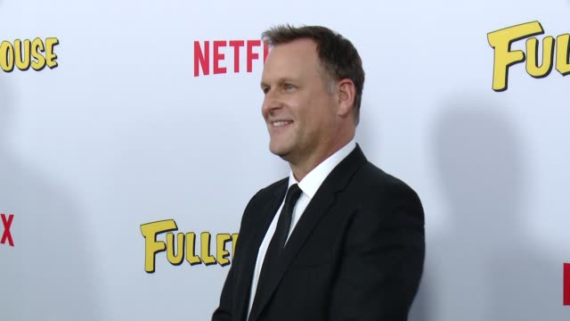 vídeos de stock, filmes e b-roll de david alan coulier at the netflix's fuller house premiere at pacific theaters at the grove on february 16 2016 in los angeles california - the grove los angeles