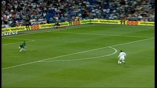 david beckham has no plans to quit international football 792006 beckham scoring goal for real madrid and celebrating - scoring a goal stock videos & royalty-free footage