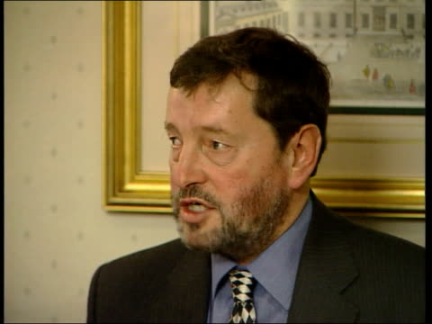 david blunkett attacks tv show 'who wants to be a millionaire' england london int david blunkett mp speech sot must challenge materialism / attacks... - クイズ番組点の映像素材/bロール