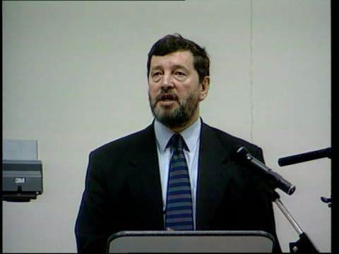 david blunkett mp speech sot 'to consign pupils in areas such as the one i represent to the inevitability of underachievement is actually to... - 表す点の映像素材/bロール